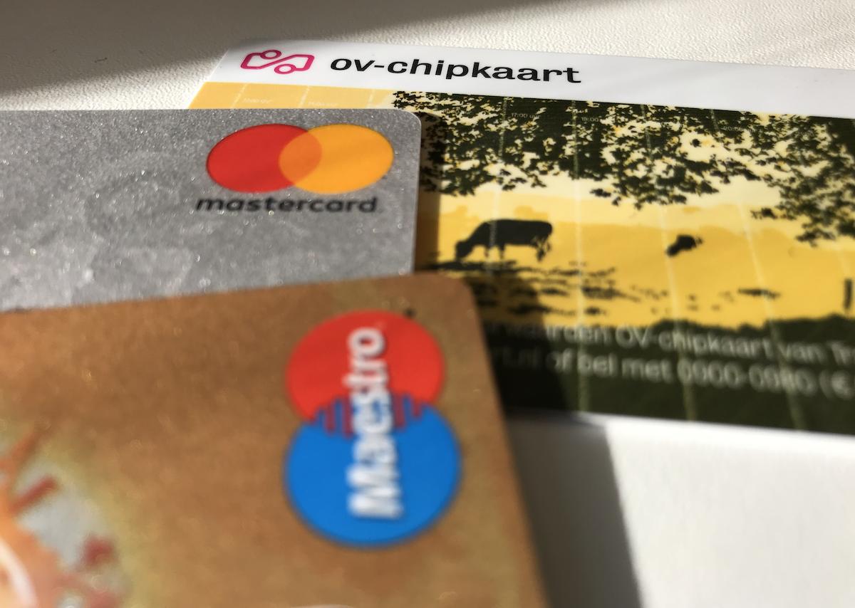 Proef voor reizen met betaalkaart in het OV